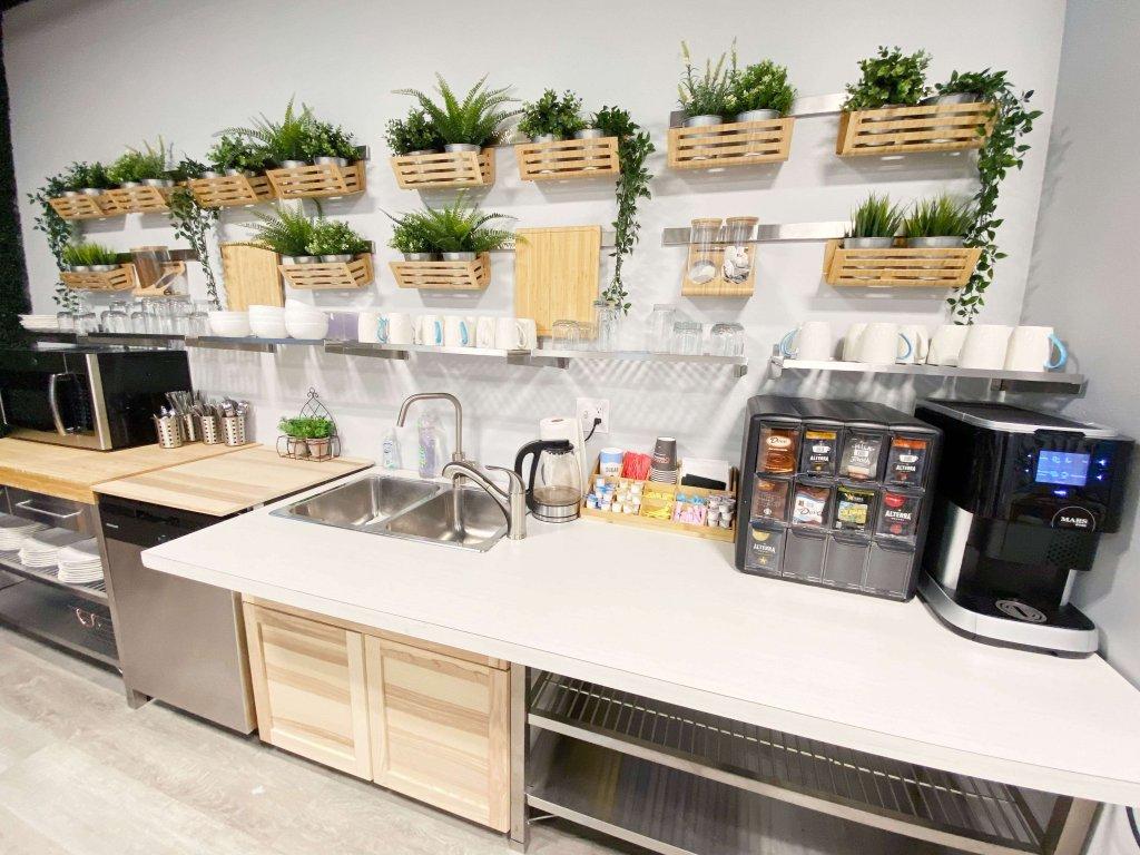 Circle Hub kitchen